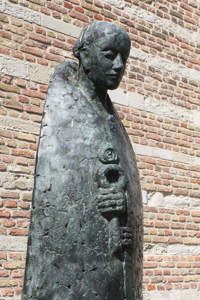 Paus Adrianus beeld Jaap Hartman